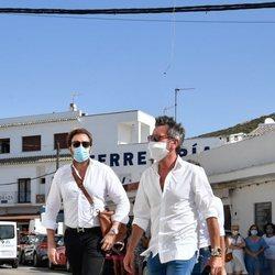 David Valldeperas y Raúl Prieto en el entierro de Juan Vidal, marido de Paz Padilla