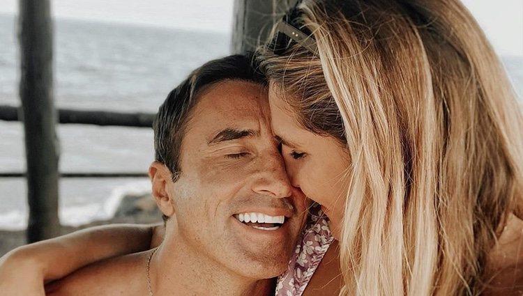 Ivana Icardi y Hugo Sierra muy cariñosos en Gran Canaria