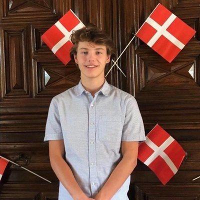 Félix de Dinamarca en la celebración de su 18 cumpleaños