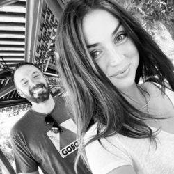 Ben Affleck y Ana de Armas celebrando el 48 cumpleaños del actor