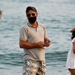 'El Cordobés' en la playa de Marbella