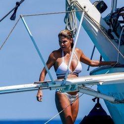 Makoke en un barco en aguas de Ibiza