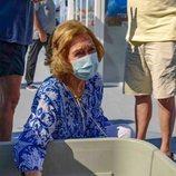 La Reina Sofía con la tortuga Hipatia en Mallorca