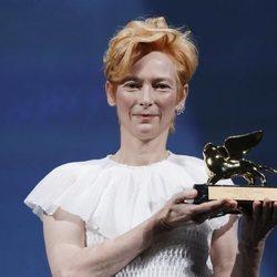 Tilda Swinton recibe el León de Oro honorífico en el Festival de Venecia 2020