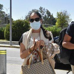 Isabel Pantoja en el aeropuerto de Jerez de la Frontera