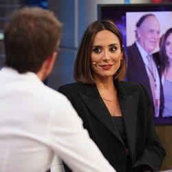 Tamara Falcó hablando con Pablo Motos en 'El Hormiguero'