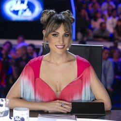 Edurne, muy sonriente en el primer programa de 'Idol Kids'