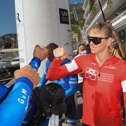 Charlene de Mónaco participa en el evento The Crossing: Calvi-Monaco Water Bike Challenge