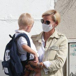 María Zurita con su hijo Carlitos en su 45 cumpleaños
