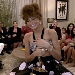 Zendaya aceptando su galardón de los Premios Emmy 2020
