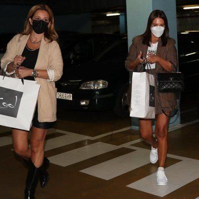 Paula Echevarría se va de compras con su amiga Isabel Navarro