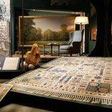 Estela de Suecia en una exposición de alfombras