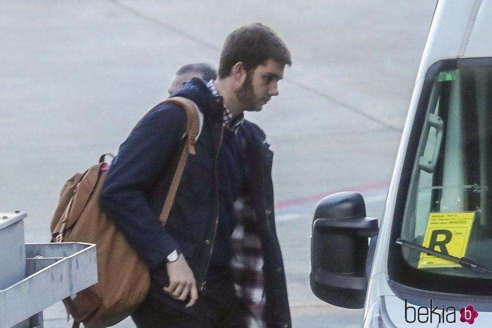 Juan Urdangarin en el aeropuerto de Barajas