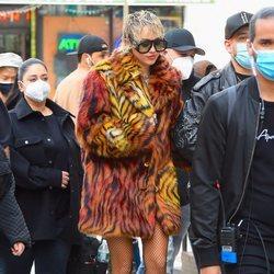 Miley Cyrus en Nueva York durante el rodaje de su videoclip junto a Dua Lipa