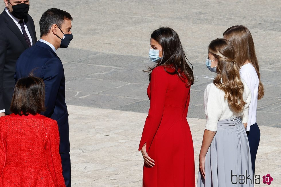 Pedro Sánchez, la Reina Letizia, la Princesa Leonor y la Infanta Sofía en el Día de la Hispanidad 2020