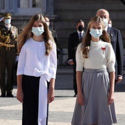 La Princesa Leonor y la Infanta Sofía en el acto del Día de la Hispanidad 2020