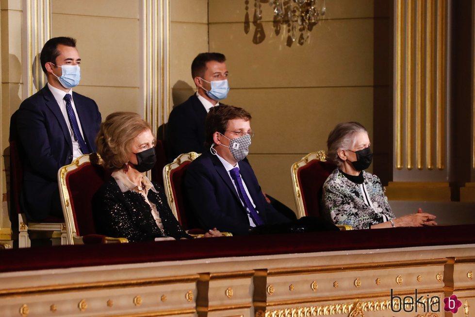 La Reina Sofía, José Luis Martínez Almeida y la Princesa Irene de Grecia en los Premios de Pintura BMW 2020
