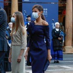 La Reina Letizia y la Princesa Leonor en los Premios Princesa de Asturias 2020