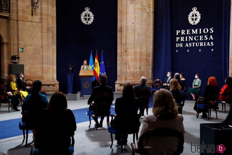 La Princesa Leonor dando un discurso en los Premios Princesa de Asturias 2020