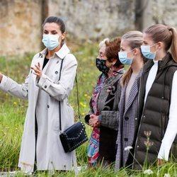 La Reina Letizia, la Princesa Leonor y la Infanta Sofía en Somao, Pueblo Ejemplar de Asturias 2020