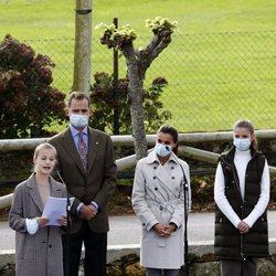 La Princesa Leonor da un discurso en presencia de los Reyes Felipe y Letizia y la Infanta Sofía en Somao, Pueblo Ejemplar de Asturias 2020
