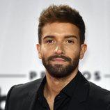 Pablo Alborán posa en la alfombra roja de los Billboard Latin Music Awards 2020