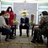 El Príncipe Guillermo con pacientes de cáncer en el Royal Marsden Hospital de Sutton