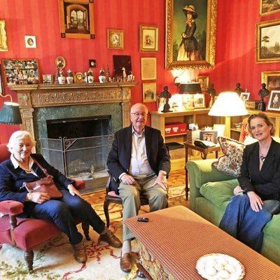 Alberto de Bélgica y Paola de Bélgica con Delphine Boël