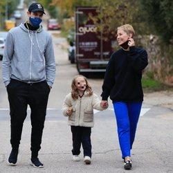 Soraya Arnelas llegando a su nueva casa con Miguel Herrera y su hija Manuela