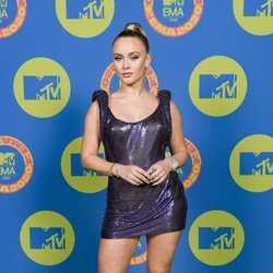 Zara Larsson en la alfombra roja de los MTV EMA 2020