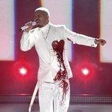 J Balvin durante su actuación en los Grammy Latino 2020