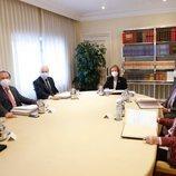 La Reina Sofía con los miembros del Patronato de la Fundación Reina Sofía