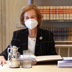 La Reina Sofía en la reunión del Patronato de la Fundación Reina Sofía