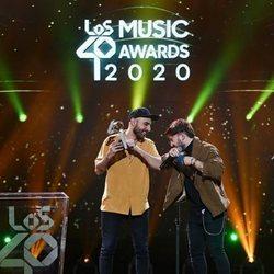 Nil Moliner recoge su premio en Los 40 Music Awards 2020