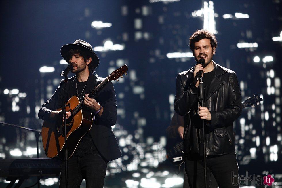 David Otero y Taburete en Los 40 Music Awards 2020
