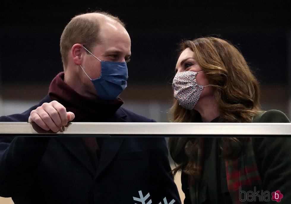 El Príncipe Guillermo y Kate Middleton al inicio de su Royal Train Tour en Londres