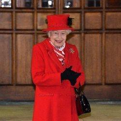 La Reina Isabel en un encuentro con voluntarios y trabajadores esenciales en Windsor Castle