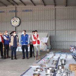 La Reina Letizia con la ayuda humanitaria enviada por España a Honduras