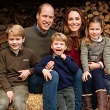 El Príncipe Guillermo y Kate Middleton con sus hijos, el Príncipe Jorge, la Princesa Carlota y el Príncipe Luis