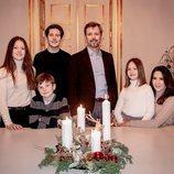 Federico y Mary de Dinamarca con sus hijos Christian, Isabel, Vicente y Josefina celebrando el cuarto domingo de Adviento 2020