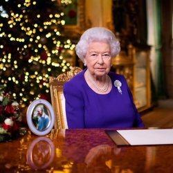 La Reina Isabel de Inglaterra durante su discurso de Navidad 2020