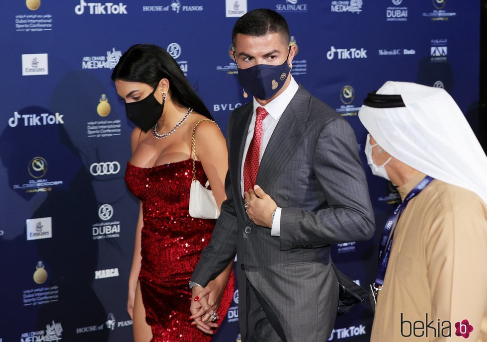 Cristiano Ronaldo y Georgina Rodríguez en los Premios Globe Soccer 2020 de Dubai