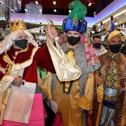 Kiko Rivera, Omar Montes y Luis Rollán disfrazados de Reyes Magos