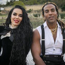 Beatriz Luengo y Yotuel presentando su canción 'Rebelde'