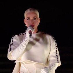 Katy Perry cantando en la toma de posesión de Joe Biden
