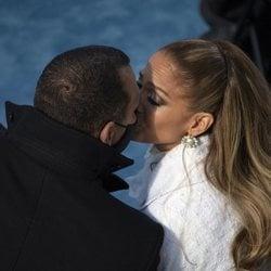 Jennifer Lopez, besando a Alex Rodríguez en la toma de posesión de Joe Biden