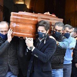 Canales Rivera en el funeral de José Rivera 'Riverita'