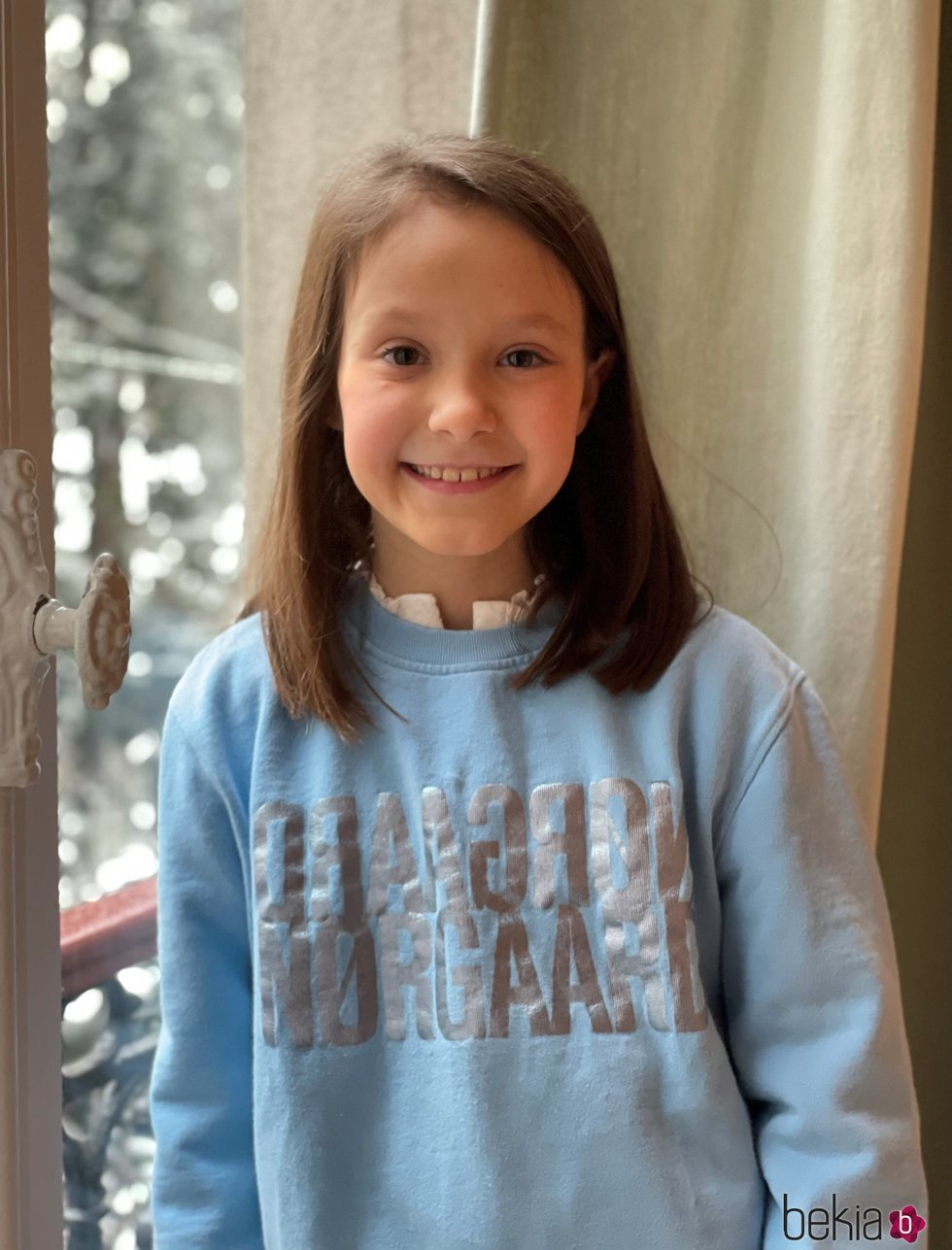 La Princesa Athena de Dinamarca en su foto oficial por el noveno cumpleaños
