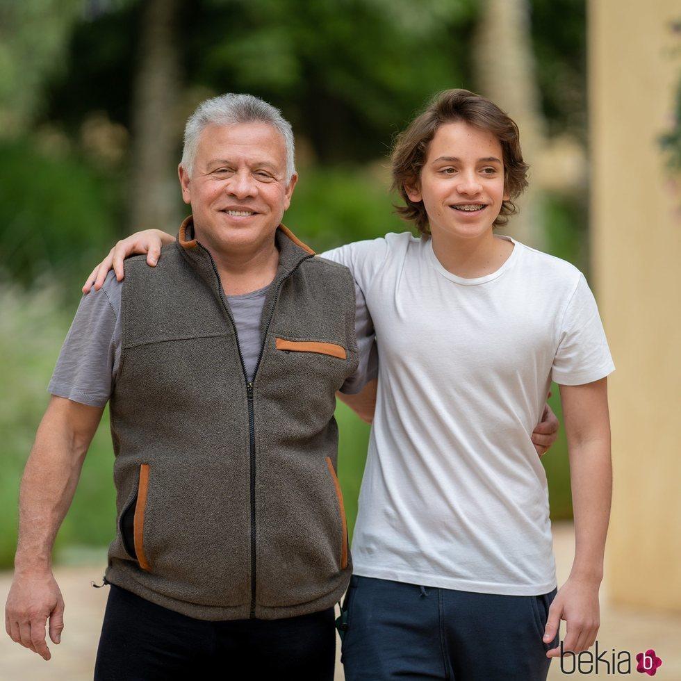 El Rey Abdalá II de Jordania con su hijo el Príncipe Hashem