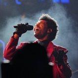 The Weeknd dándolo todo en su actuación de la Super Bowl 2021